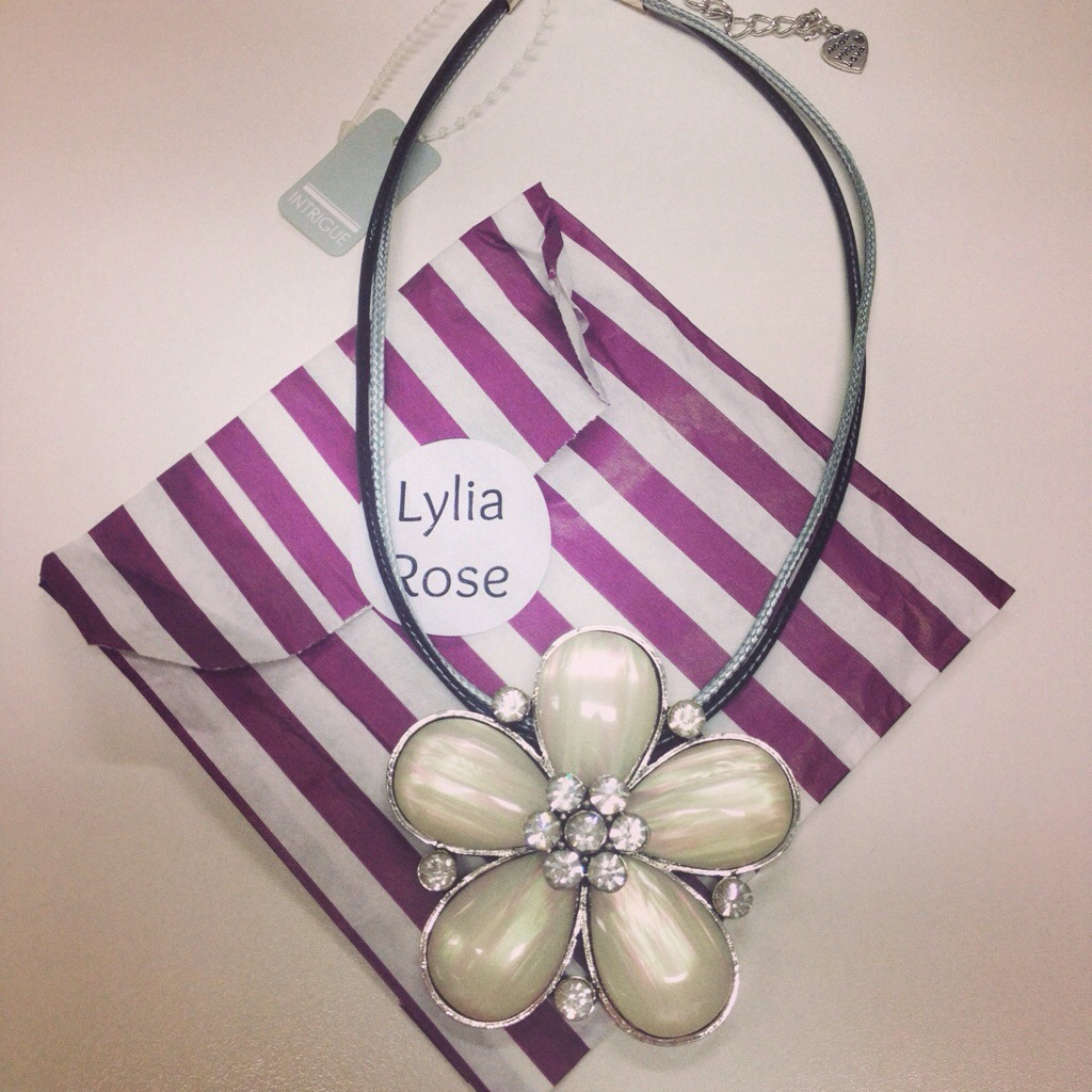 My Fave June Buy – Flower Necklace