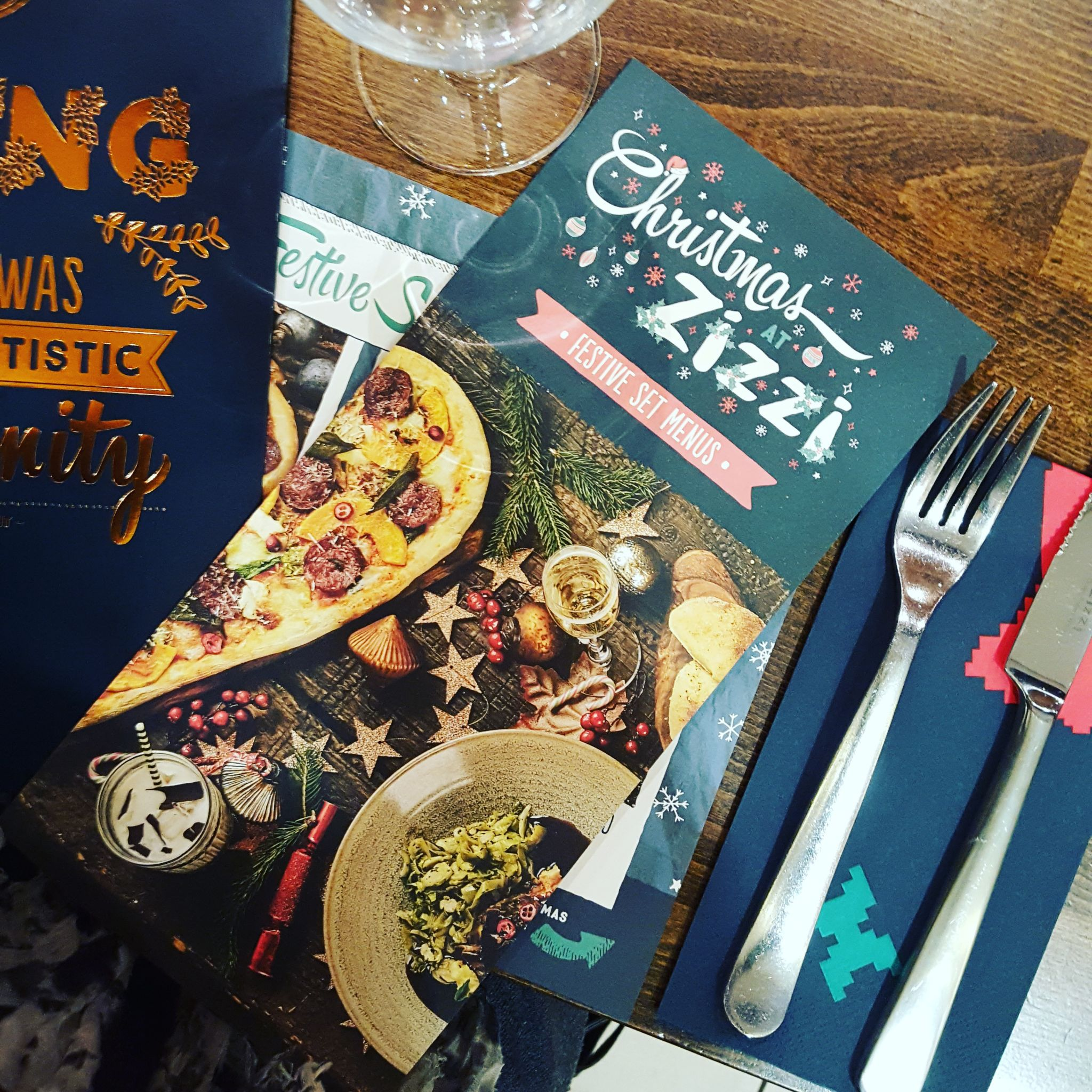 Eating Out|| Christmas meal at Zizzi, O2 Centre Finchley Road