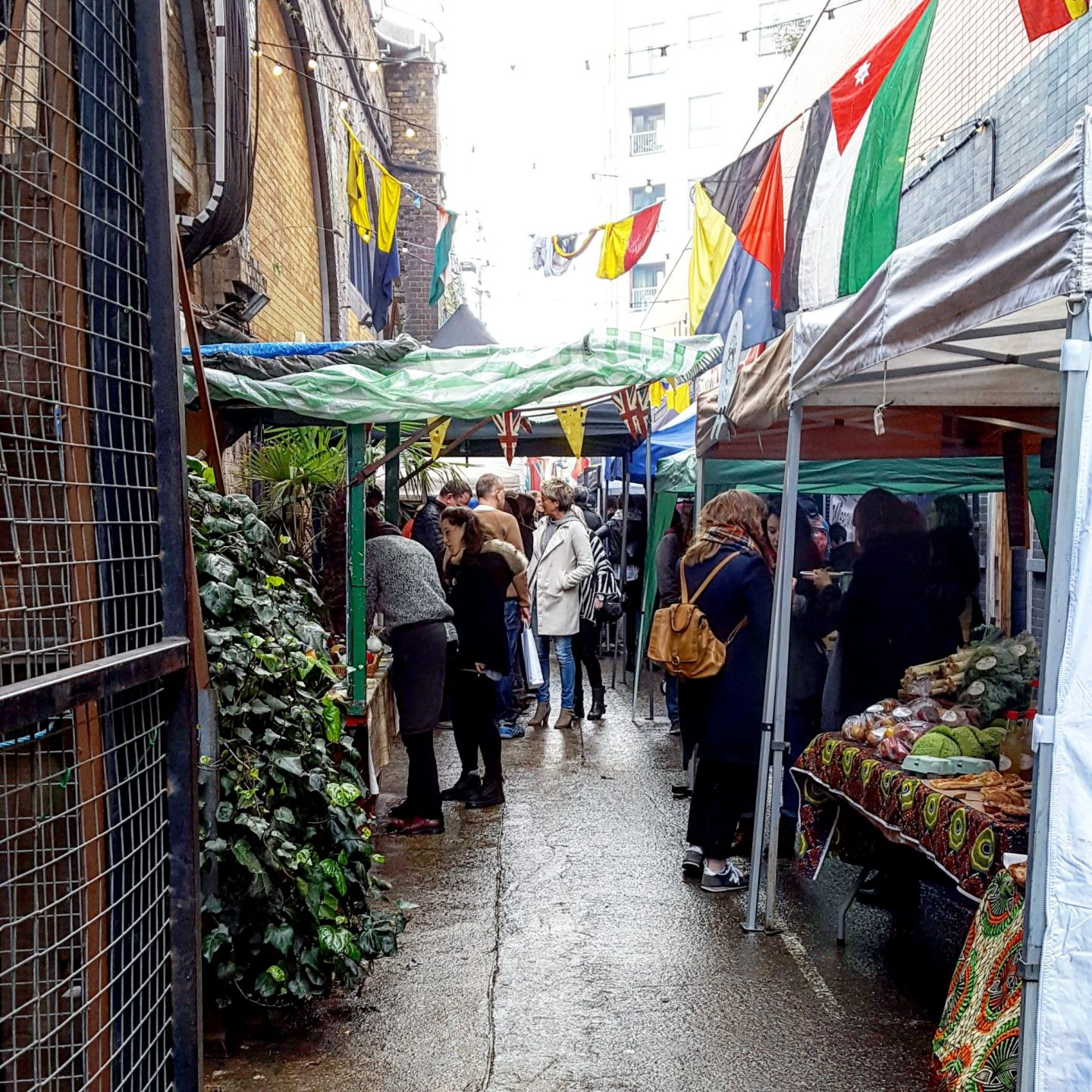 Out & About|| Maltby Street Market