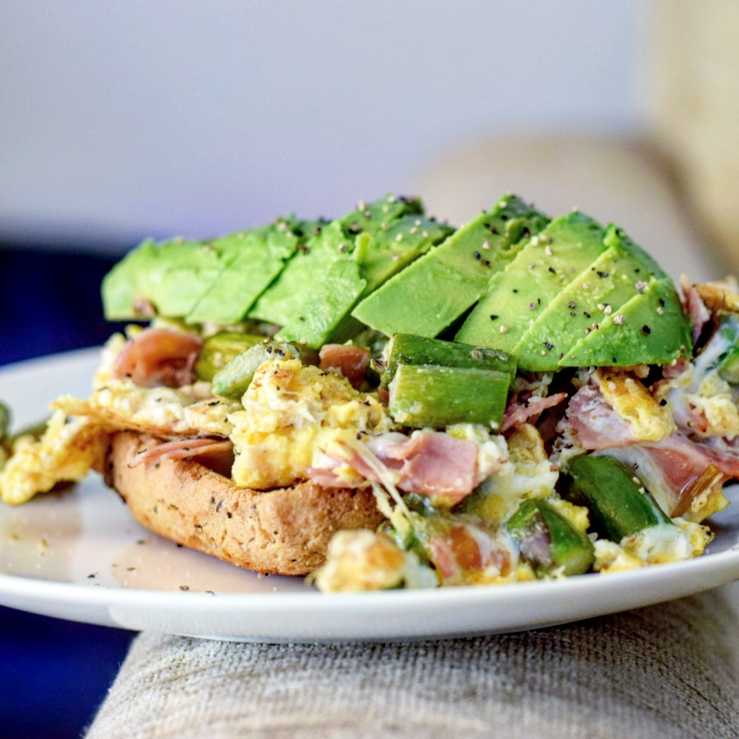 Asparagus and Ham Scramble