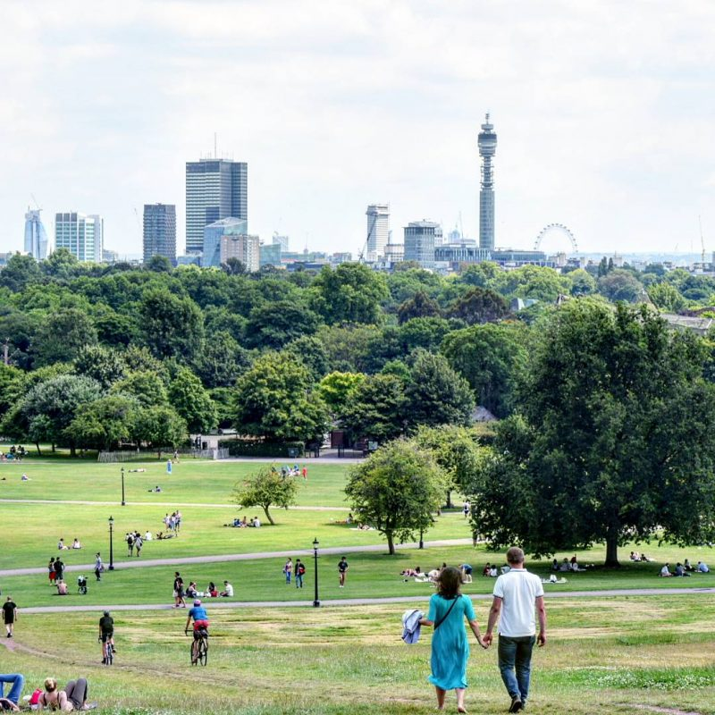 Out & About|| Primrose Hill – The perfect picnic spot