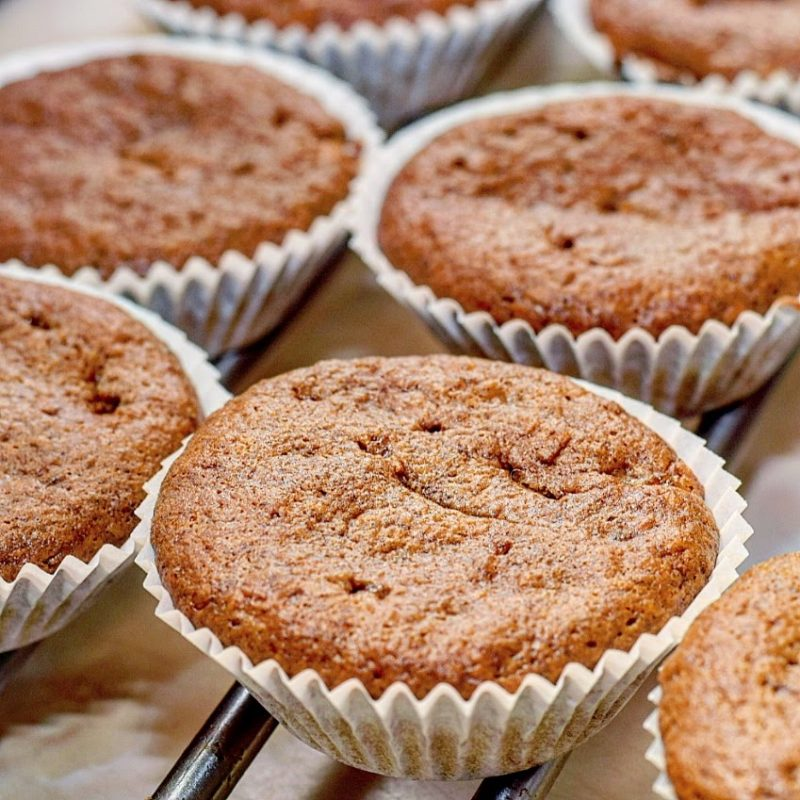 Spiced banana cupcakes recipe