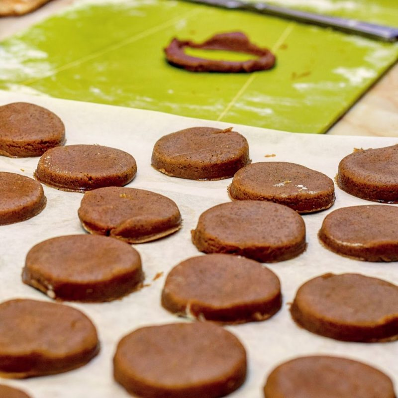 White Chocolate Dipped Spiced Ginger Biscuits Recipe