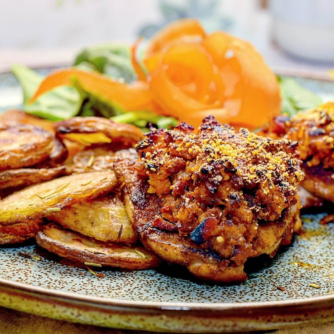 Bacon, Chilli Pesto Topped Chicken Thighs Recipe
