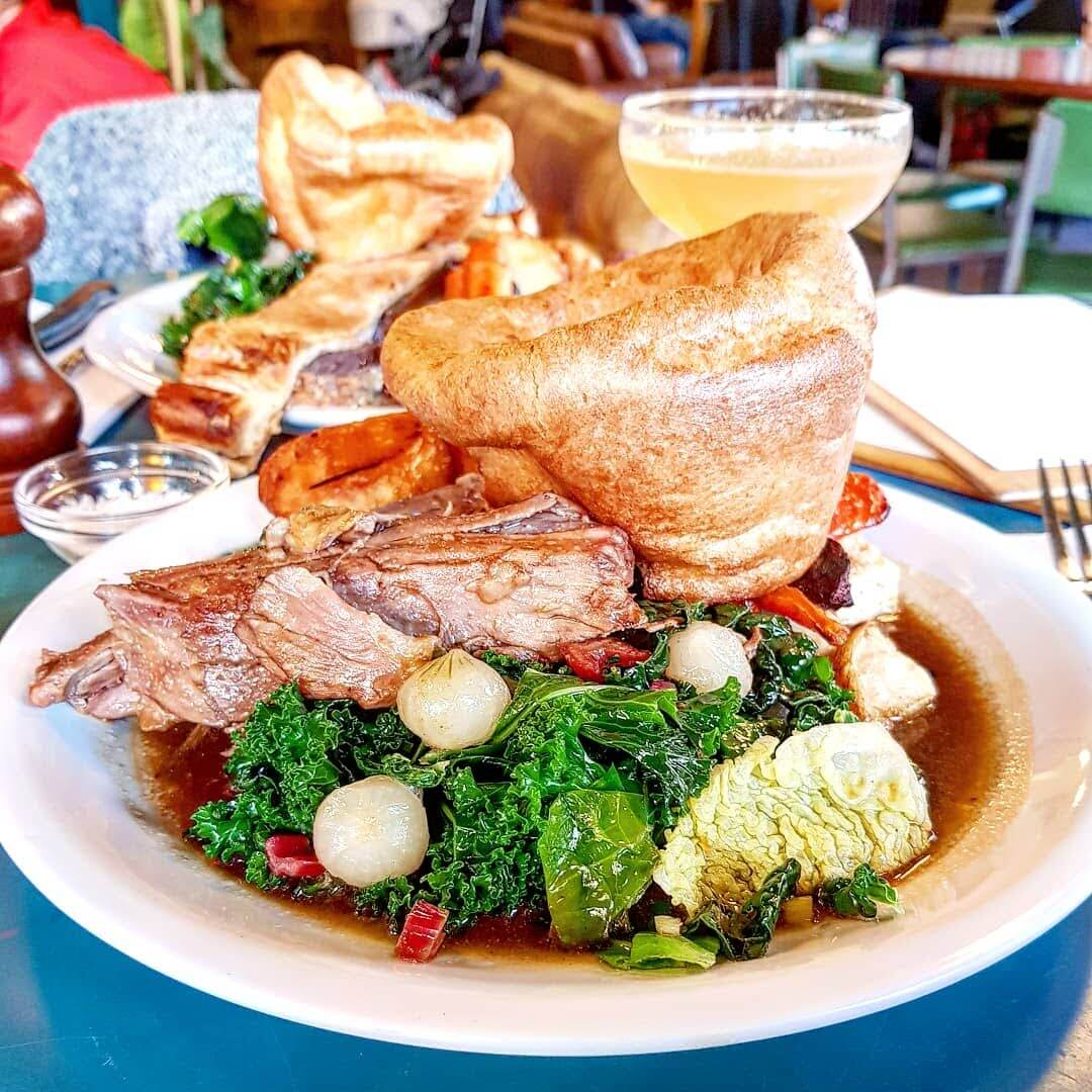 Coin Laundry Sunday Roast