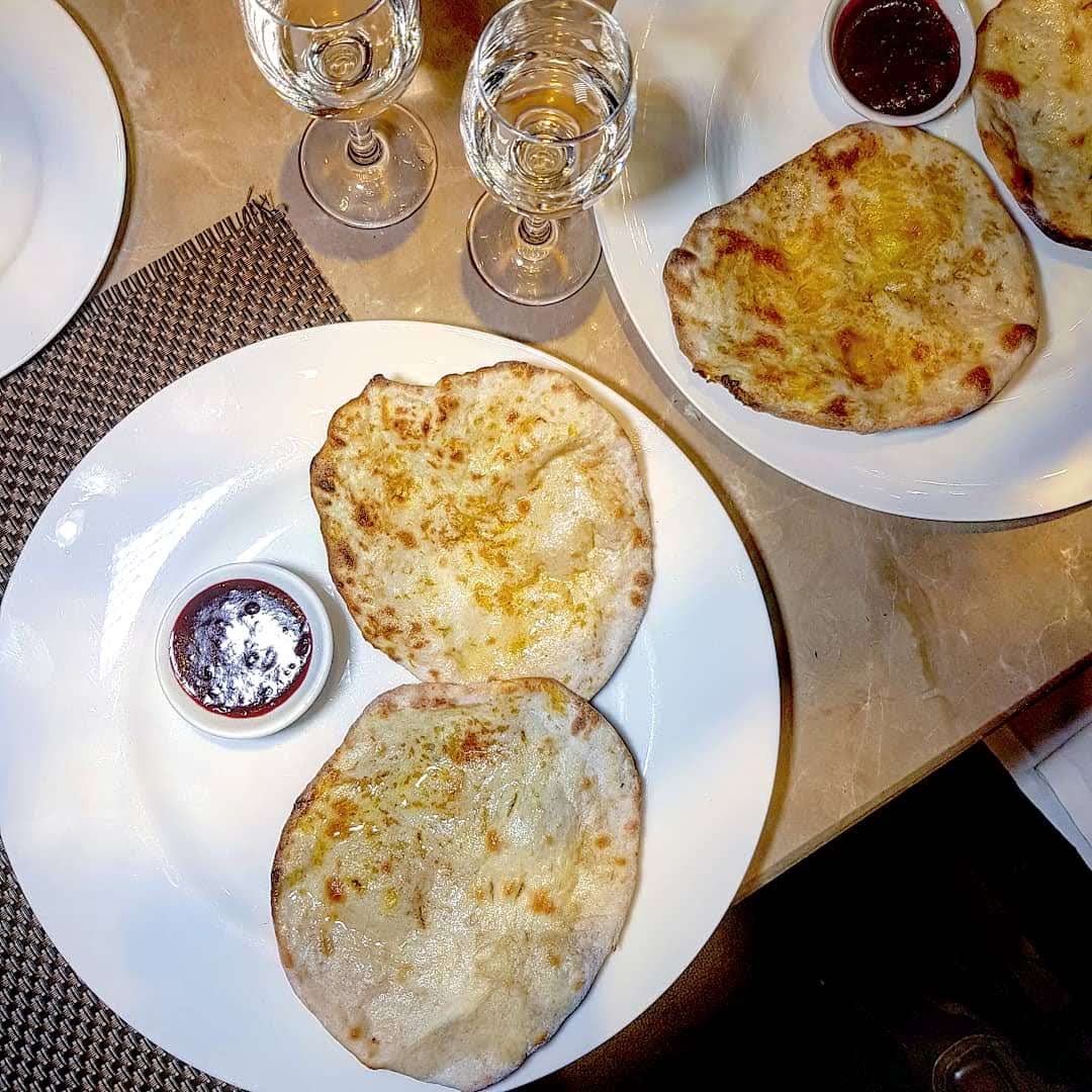 Baluchi London, Naan'ery experience, coconut and mango naan