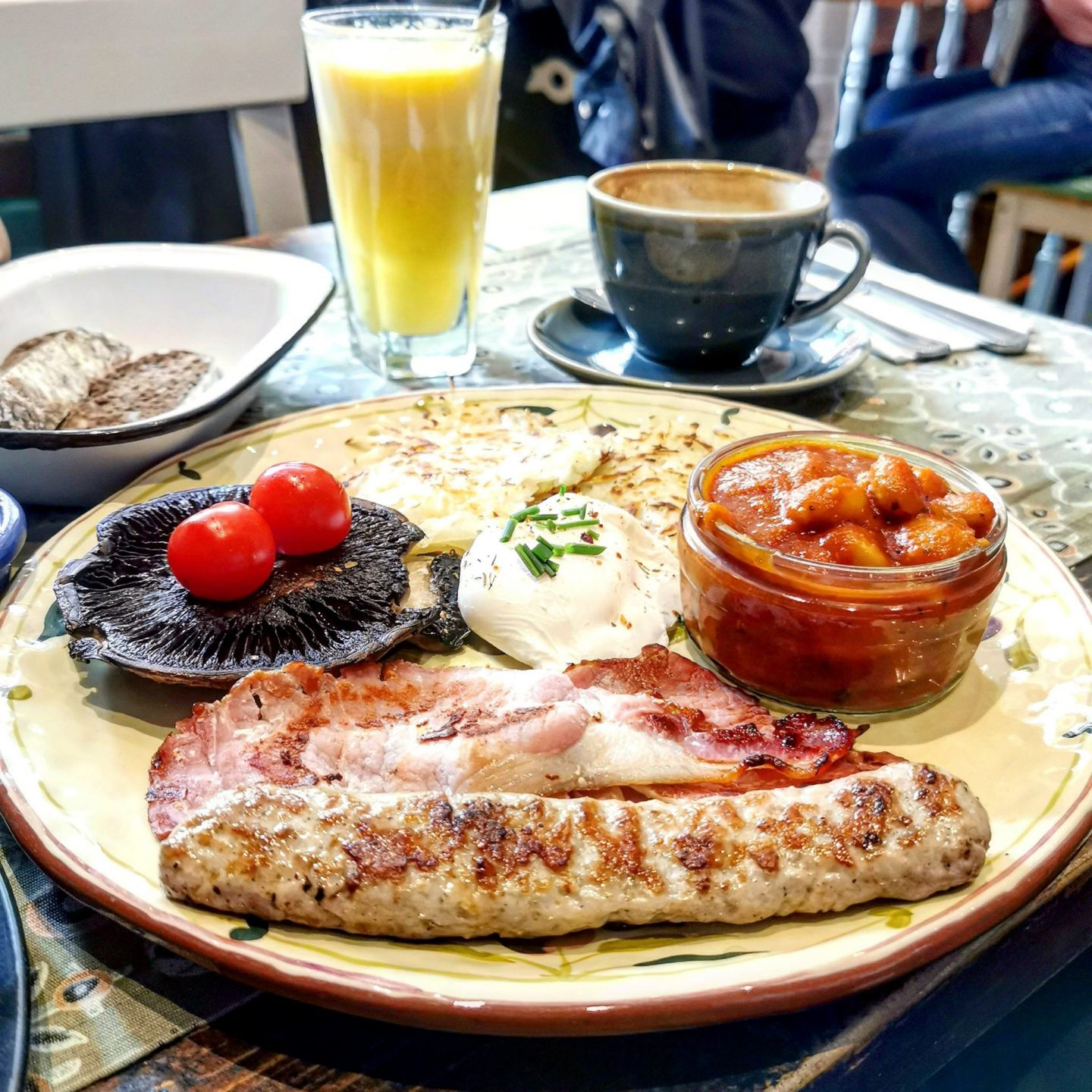 Food Room Highgate, full english breakfast with fresh sourdough